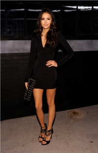 nina_dobrev_lbd_2010_scream_awards