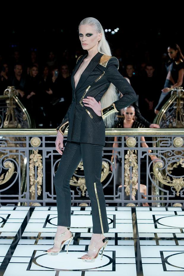 versace-atelier-haute-couture-spring-2013-pfw1