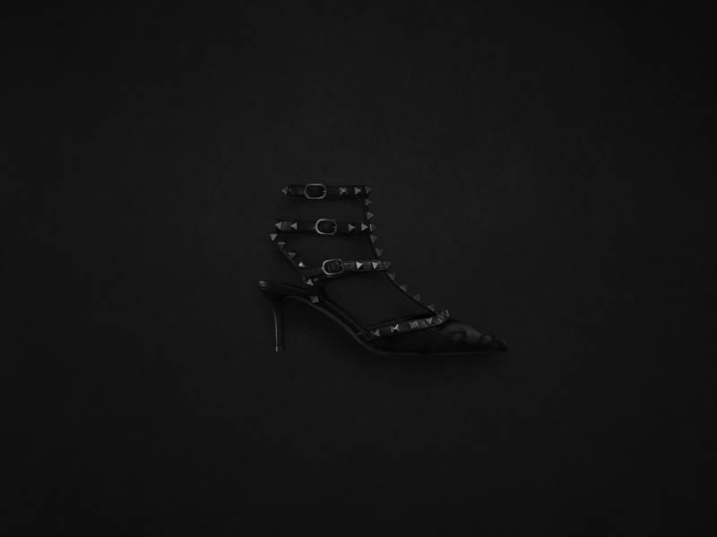 14707-women-s-accessories-rockstud-noir