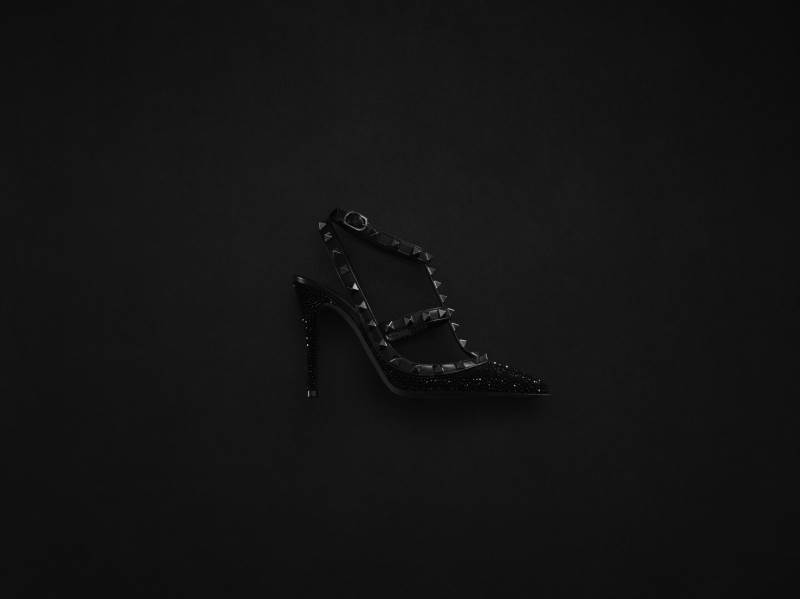 14708-women-s-accessories-rockstud-noir