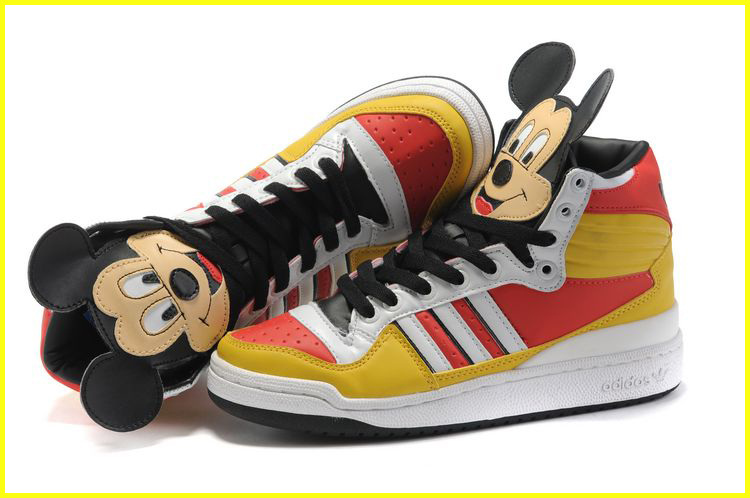 Jeremy-Scott-x-chaussure-adidas-Originals-JS-Mickey-Hi_b_32_2
