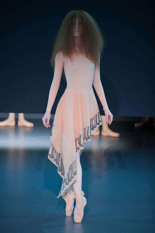 012314viktorrolf-haute-couture-spring-2014-pfw22