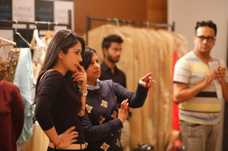 Designer Sonaakshi Raaj @ LFW SR 2014 Day 1 fittings